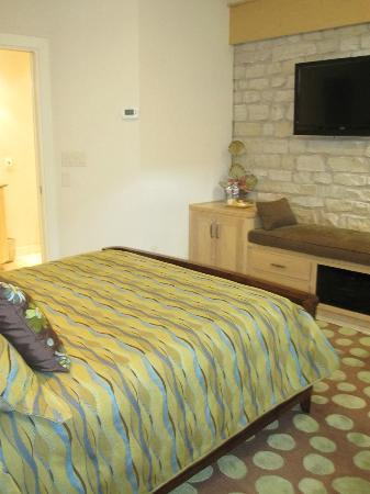 Inn on Lake Granbury: bedroom