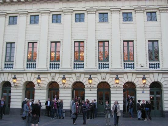 Theater Koblenz : exterior