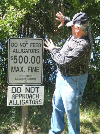 Alligator Creek Preserve: They don't need a snack.