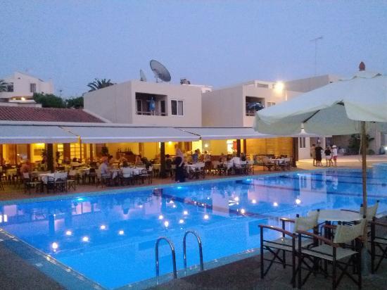 Elma Hotel Restaurant