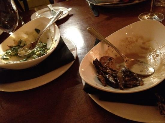 Bedford, Pensilvania: loved cream spinach and mushrooms at 1786