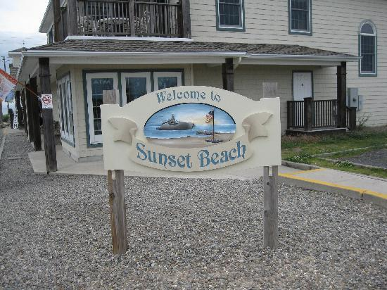 Sunset Beach welcom plaque