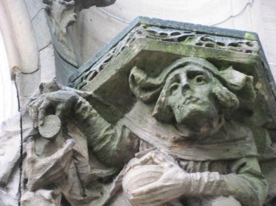 Christuskirche: detail exterior