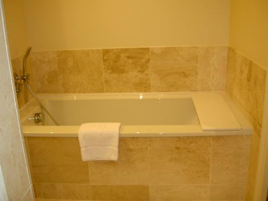 Villa Lara Hotel : Salle de bains