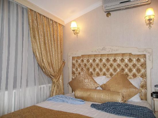 Historia Hotel: Room