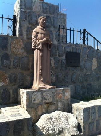 Christ of the Noas : Saint Francis outsiide