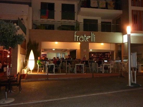 Pizzeria Fratelli : VISTA EXTERIOR
