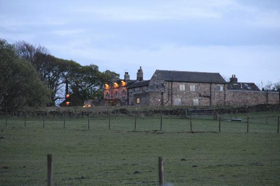 The Norfolk Arms: Hotel from behind