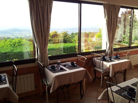 Le Clos du Buis : Dining room