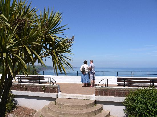 Babbacombe Guest House: An easy 5 minute walk takes you to the viewing point at Babbacombe Downs