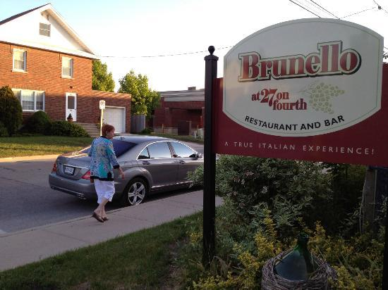 Brunello at 27 on Fourth: Restaurant sign and street parking