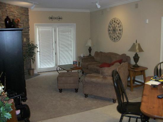 Mountain Vista Luxury Rentals: Living Room