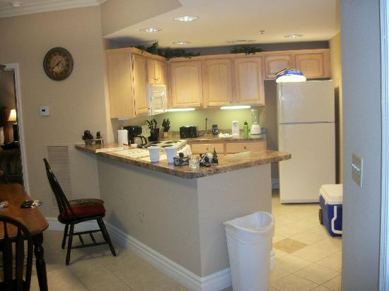 Mountain Vista Luxury Rentals: Kitchen