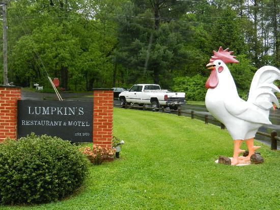 Lumpkins Restaurant & Motel: Lumpkin's Sign