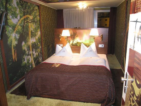 Hotel Sonne: room
