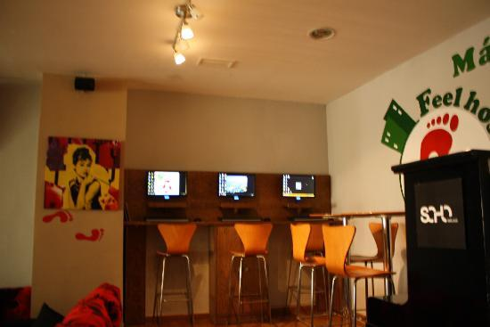 Feel Hostels Soho Malaga: FEEL MALAGA HOSTEL ORDENADORES INTERNET GRATIS¡¡¡