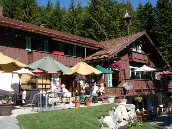 Crystal Mountain Hotels Alpine Inn: the patio I love to come back to after hiking!