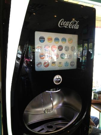 Fatburger: the amazing drink machine even had mello yellow
