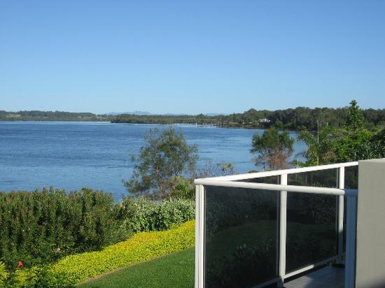 Ibis Styles River Lodge Harrington: View of river from balcony