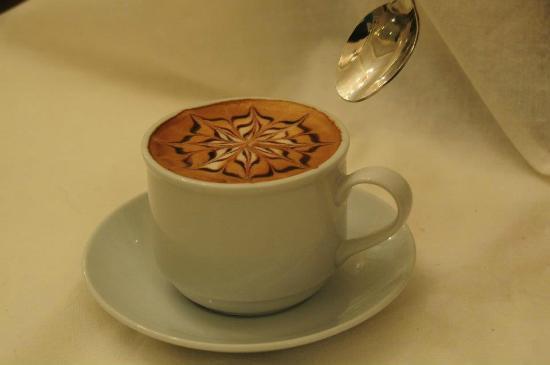 Bay Leaf Cafe Boracay : Bay Leaf Cafe cappucino