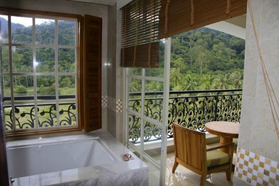 The Danna Langkawi, Malaysia: From bathroom