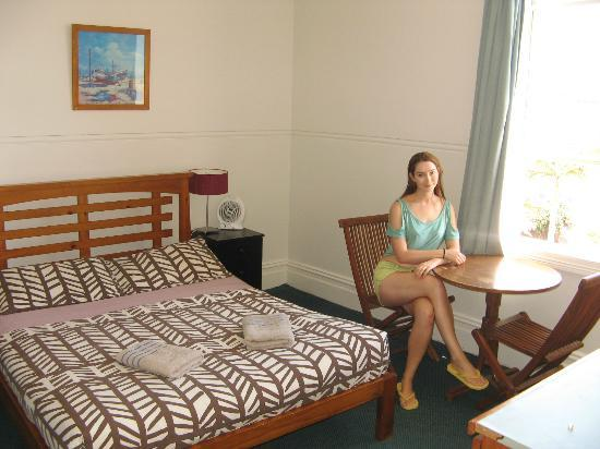 Manly Guest House: double room