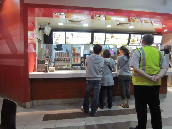 McDonald's: Queuing at McDonalds
