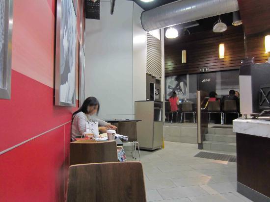 McDonald's: Seating inside Maccas