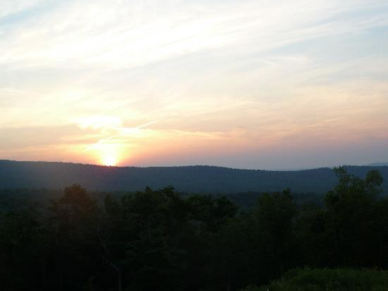 Whitcomb Summit Retreat: The gorgeous sunrise from the porch