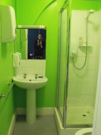 Keystone House: Baño