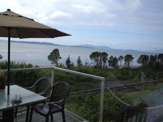 Chuckanut Manor Restaurant: the bay