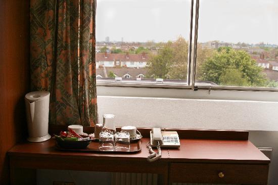 Ingleby House: Tea & Coffe Making Facilities