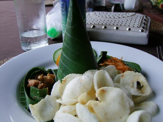 Hanging Gardens of Bali: cuisine from the restaurant