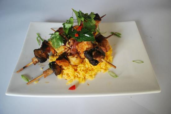 Kalao world cuisine: Skewers on a Turmeric Rice - very tasty