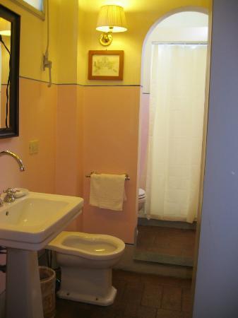 Antica Dimora Firenze : The Bathroom