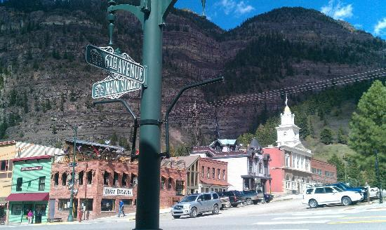 Black Bear Manor: Downtown Ouray, CO