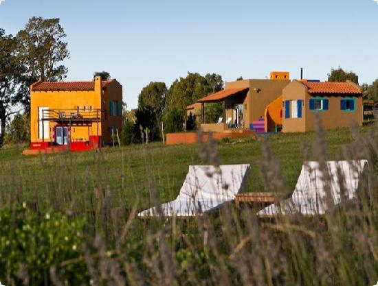 Caminando por la chacra picture of hosteria y casas de - Casas de canpo ...