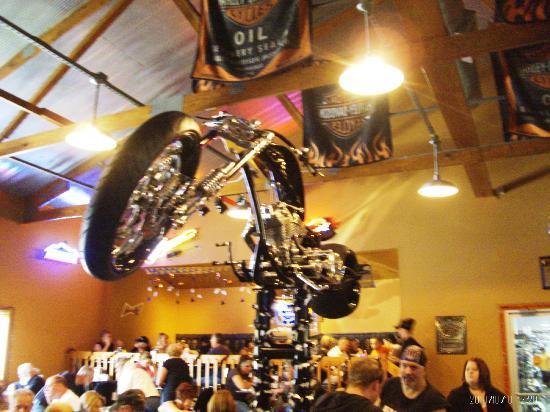 Poopy's Pub n' Grub: Inside the restaurant