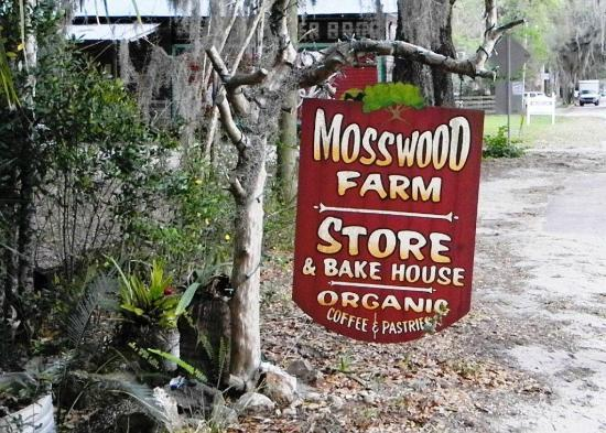 Mosswood Farm Store: The Sign outside