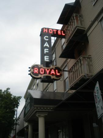 The Royal Hotel: Outside