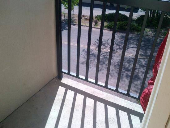Comfort Inn Manitou Springs: this is the 'balcony'