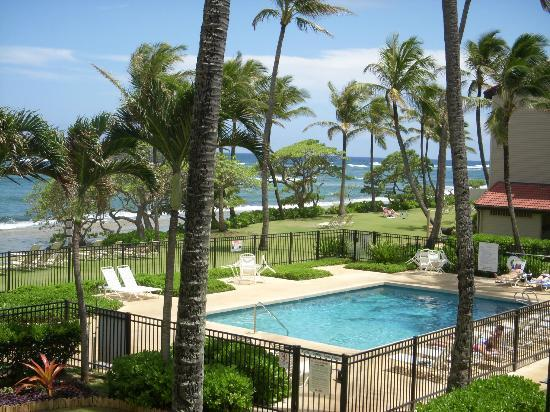 WorldMark at Kapaa Shores: View from our room...not bad