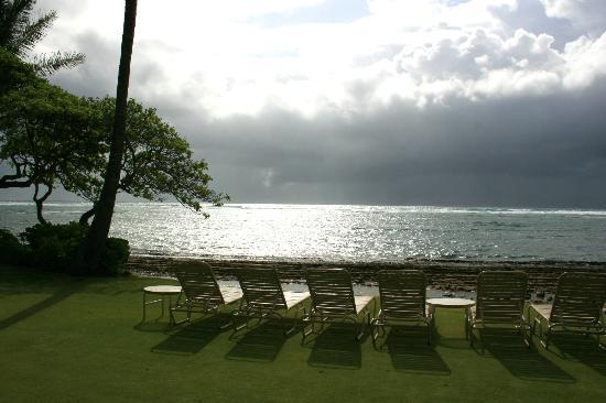 WorldMark at Kapaa Shores: Lounge Chairs, all you need is a Mai Tai