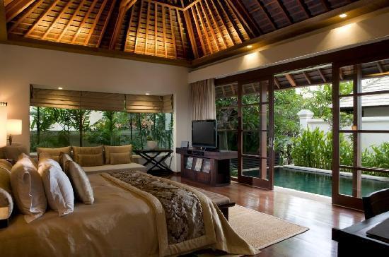 The royal santrian luxury beach villas updated 2018 for Villas de jardin seychelles tripadvisor