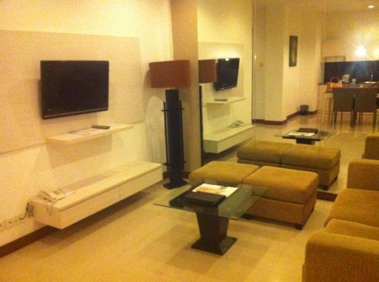 Umalas Hotel and Residence: living room