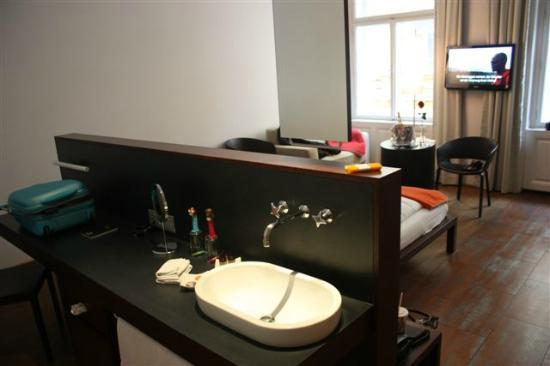 Hollmann Beletage Design & Boutique Hotel: Coin lavabo