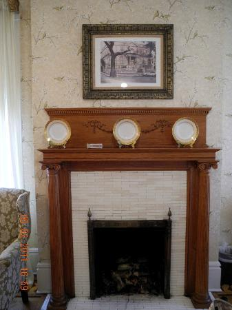 The Gastonian - A Boutique Inn: fireplace