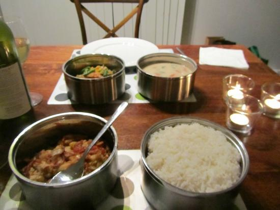 Mystwood: Thai banquet delivered to our room