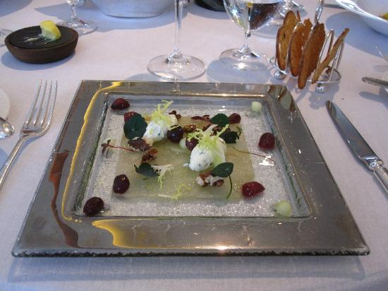 Vegetarian pear starter picture of petrus london for French starters vegetarian
