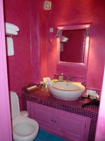 أسترا سويست: Bathroom